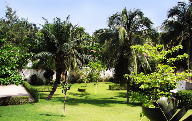 Spacious garden of Atlantic Lodge